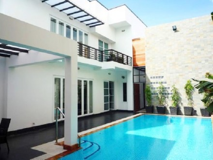 Five Bedrooms Luxurious Modern Villa For Sale In Toul Kork, Phnom Penh